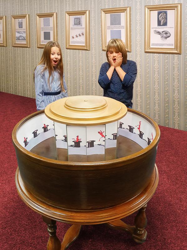 Muzeum fantastických iluzí - roztoč čertíka