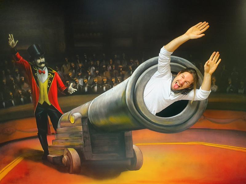 Muzeum fantastických iluzí - Co takhle nechat se vystřelit z děla?